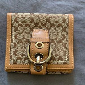 coach signature tri fold wallet bnwot